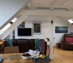A Private Cotswold Getaway_Open Plan Loft (3)